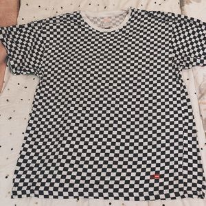 Supreme Checker T-Shirt! HanesXSupreme collab.